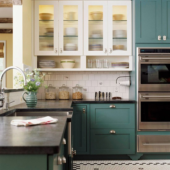 two toned kitchen cabinet trend