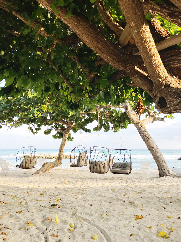hanging beach chairs - andreasnotebook.com