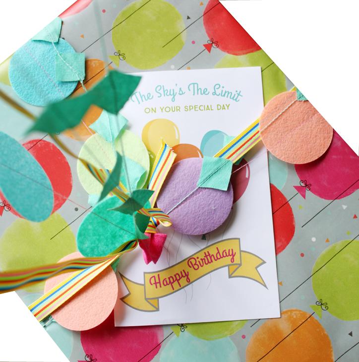 DIY Balloon Birthday Gift Wrap PLUS Free Printable